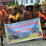 Kirab Budaya Iringi Pembukaan PESTA SENI BUDAYA DAERAH IV Kab. Nabire Tahun 2016